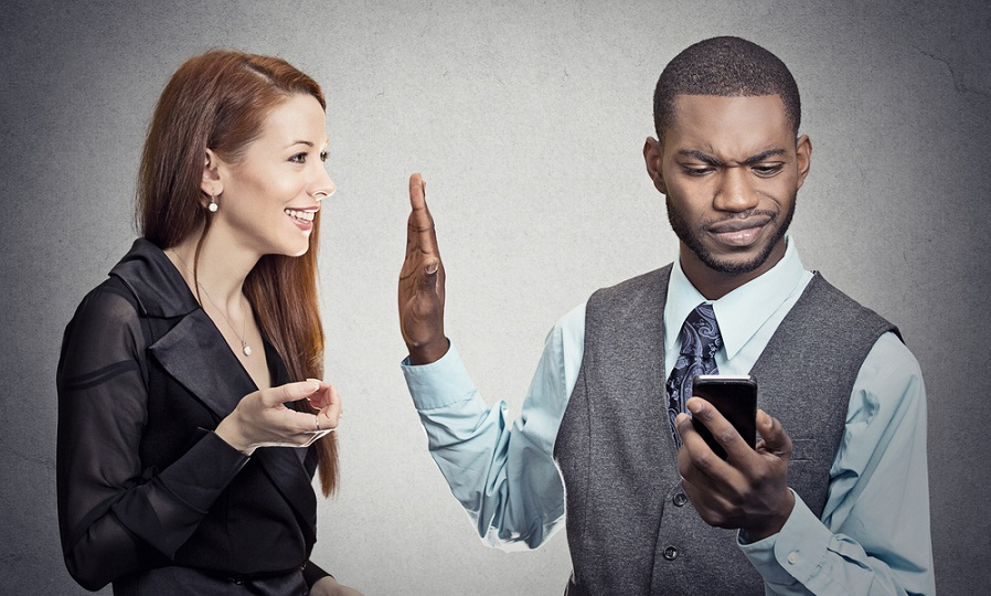 How to make your partner attract when he ignores you